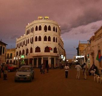 H Torino-night-massawa