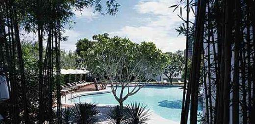 erawan-hotel-pool